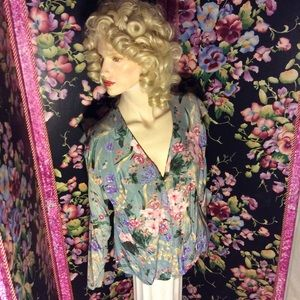Monet floral blouse with large Shawl collar